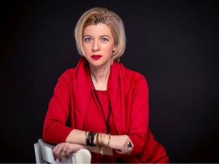 """Cristina Turnagiu Dragna sustine """"Eticheta si protocol in afaceri"""", cursul ce ofera instrumentele necesare pentru rafinarea brandului personal"""